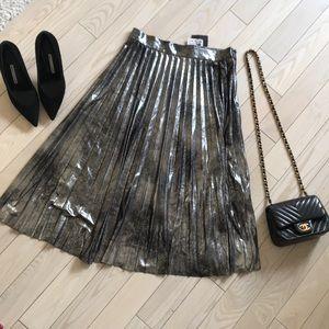 BNWT ZARA metallic pleated skirt